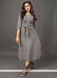 Flaunt Your Rich And Elegant In This Readymade Designer Kurti In Grey Color Fabricated On Cotton. Its Elegant color and Rich Fabric Will earn You Lots Of Compliments From Onlookers. Frock Patterns, Kids Dress Patterns, Stylish Dress Designs, Stylish Dresses, Casual Gowns, Casual Frocks, Kurti Neck Designs, Kurti Designs Party Wear, Grey Fashion