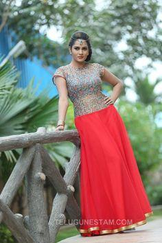 Beautiful Girl Indian, Most Beautiful Indian Actress, Beautiful Bollywood Actress, Beautiful Actresses, Dehati Girl Photo, Indian Girls Images, Stylish Sarees, Beauty Full Girl, Indian Beauty Saree