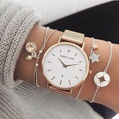 40 Sophisticated Wrist Watches For Women Whose Fashion Is Timeless – Page 3 – Style O Check.I like the bracelets Elegant Watches, Stylish Watches, Cool Watches, Wrist Watches, Luxury Watches, Unique Watches, Vintage Watches, Cute Jewelry, Silver Jewelry
