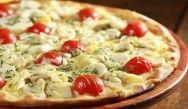 Aprenda fazer pizza com massa de cenoura / beterraba
