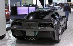 Video: 2015 Corvette Z06 sounds mean driving on to Detroit show stand - http://www.justcarnews.com/video-2015-corvette-z06-sounds-mean-driving-on-to-detroit-show-stand.html