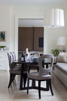 Stylish and practical home for the family relocating back to the States ©Taylor Howes Designs