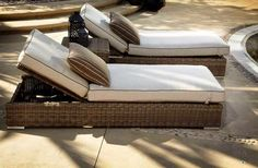 double-wicker-chaise-lounge-chairs-with-cushions