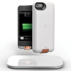 This kit comes with a wireless charging case for the iPhone5 that features a detachable backup battery and a wireless charging mat for 2 devices.