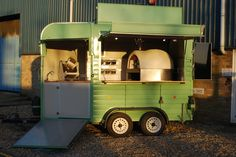 Our clients visons and our expertise combined. A wood burning pizza oven in a van, mirrored walls, oak worktops, a fully equipped mobile bar. Take a look.