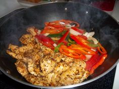 Fajitas are fun to make, fun to eat and easy to enjoy! Here is my recipe for a stove top version of Lemon Pepper Chicken Fajitas. Healthy Snacks, Healthy Eating, Healthy Recipes, Snack Recipes, Meat Recipes, Yummy Recipes, Mexican Food Recipes, Dinner Recipes, Get Thin