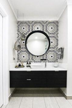 - Modern Interior Designs - In this Melbourne bathroom, a Moroccan inspired Schumacher wallpaper called Nasr. In this Melbourne bathroom, a Moroccan inspired Schumacher wallpaper called Nasrid. Beautiful Bathrooms, Modern Bathroom, Master Bathroom, Gold Bathroom, Small Bathrooms, Basement Bathroom, Black White Bathrooms, Morrocan Tiles Bathroom, Simple Bathroom