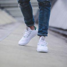 Pharrell Williams x adidas Tennis HU White Green 18ae034f56