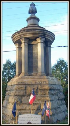 George Pickett's monument, Hollywood Cemetery, Richmond, Va. Hollywood Cemetery, Confederate Monuments, Virginia History, Grave Markers, Famous Graves, Southern Gothic, Civil War Photos, Gettysburg, American Civil War