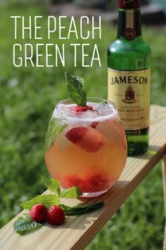 The Peach Green Tea. Easy recipe Freshly brew Green Tea & then add Fresh Mint, Peaches, & Raspberries. Keep it in the fridge. (The longer it sits, the better it tastes!) Add 2 oz Jameson Irish Whisky Serve over Ice Garnish with Fresh Green Tea Cocktail, Green Tea Shot, Peach Green Tea, Green Tea Drinks, Fun Drinks, Beverages, Green Teas, Jameson Whiskey Drinks, Whisky Cocktail