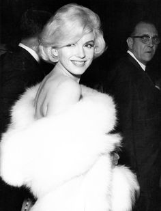 Marilyn Monroe attending the Golden Globes where she won for Best Motion Picture Actress for a Musical/Comedy for 'Some Like It Hot' <3 1960.