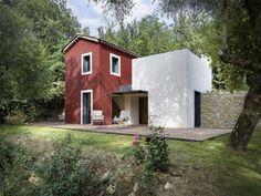 Un abri paysan devient une maison contemporaine avec  l'architecte Cyril Chênebeau - France