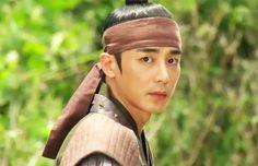 Jin Yi Han Jin Yi Han, Gorgeous Men, Beautiful Women, Korean Actors, Korean Dramas, Bad Pic, Empress Ki, Kim Jin, Boys Over Flowers
