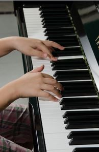 Learning to Play the Piano? Sleep on It!  - pinned by @PediaStaff – Please Visit ht.ly/63sNtfor all our ped therapy, school & special ed pins
