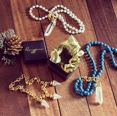 Statement necklaces by Heyjow (available at ARANÁZ Greenbelt 5)