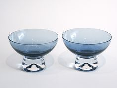 Kulho, bowl 2352 iridescent, Tapio Wirkkala Iittala 1956–69. Alvar Aalto, Dessert, Iridescent, Glass Art, Tableware, Vintage, Lifestyle, Baby, Design