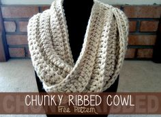 Chunky Ribbed Cowl crochet pattern.