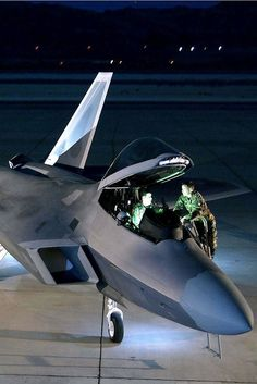 Thing of beauty! Yogo Is Writing Some Parts of the Script Stealth Aircraft, Fighter Aircraft, Fighter Jets, Military Weapons, Military Aircraft, Indian Army Wallpapers, F22 Raptor, Airplane Design, Military Photos