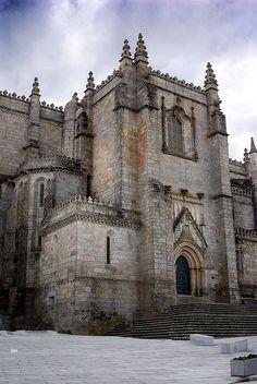 Guarda, capital de distrito, Portugal. Catedral.