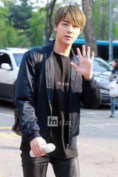 JIN :)