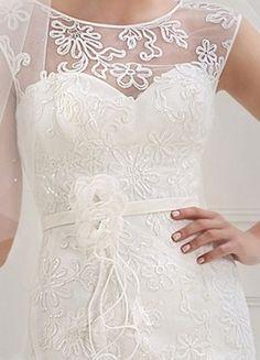 Kup mój przedmiot na #vintedpl http://www.vinted.pl/damska-odziez/dlugie-sukienki/10707539-suknia-slubna-z-oryginalna-koronka