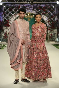 Varun Bahl at India Couture Week 2016 - Look 13