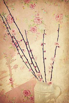 vintage wallpaper!