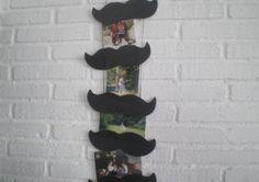 http://cartulina.es/cuando-es-dia-del-padre-hoy/ Marco de fotos bigote hecho con cartulina