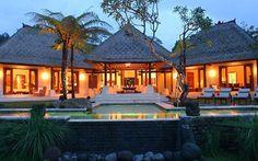 Bali Villa Montana is a thoughtfully designed luxury villa with great attention to detail. http://www.baliheaven.com/balivilla/villa-montana