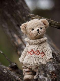 Teddys made by Svetlana Shelkovnikova Teddy bear / - mini teddy bear . Teddy Bear Nursery, Diy Teddy Bear, Mini Teddy Bears, Teddy Bear Gifts, Knitted Teddy Bear, Teddy Toys, Crochet Bear, Sock Toys, Crochet Dolls