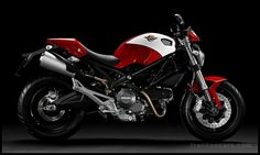 2012 Ducati Monster 696 Wallpaper Picture