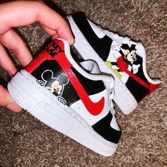 Nike Shoes For Boys, Cute Nike Shoes, Cute Baby Shoes, Cute Nikes, Cute Sneakers, Nike Air Shoes, Baby Boy Shoes, Cute Baby Clothes, Toddler Shoes