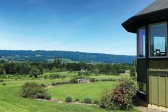 As a destination bed-and-breakfast in the Willamette Valley, Le Puy a Wine Valley Inn, is a romantic retreat for couples Willamette Valley, Bed And Breakfast, Oregon, Southern, Romantic, Wine, Mansions, House Styles, Travel
