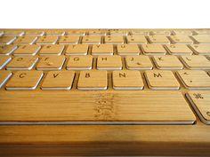 iZen Bamboo: Un teclado hecho de madera y completamente reciclable