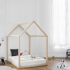 New baby bedroom montessori bed frames ideas Big Girl Rooms, Baby Boy Rooms, Baby Bedroom, Girls Bedroom, Toddler Rooms, Toddler Bed, Diy Zimmer, Childrens Beds, House Beds