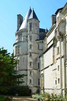 Château de Scorbé-Clairvaux. Poitu