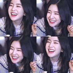 South Korean Girls, Korean Girl Groups, Kim Yerim, Red Velvet Irene, Pale Skin, Swagg, Face Shapes, Korean Singer, Kpop Girls