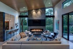 Hottest Pic Contemporary Fireplace between windows Popular Modern fireplace designs can cover a broader category compared with their contemporary counterparts. Linear Fireplace, Modern Fireplace, Fireplace Design, Fireplace Inserts, Fireplace Wall, Contemporary Interior Design, Modern House Design, Decor Interior Design, Contemporary Living