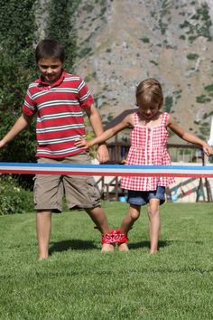 What are you doing for the 4th of July? How about some retro fun? I've noticed that most old fashioned activities don't cost much… and they are lots of fun. I guess I can have my pie and eat it too. Here are a few ideas that might take you back a few years… Three Legged Race a bandanna for each team a whistle crepe paper for a finish line (to get your photo finish!)