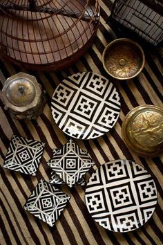 Vitticore - Hand Painted Plates African Inspired Gold shapes geometric abstract brown Great for Moroccan Plates, Moroccan Theme, Boho Deco, African Interior, Hand Painted Plates, Deco Design, Design Art, Interior Design, Ceramic Pottery