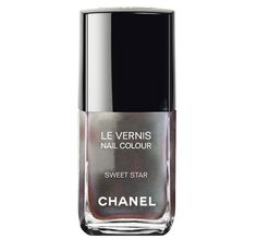 Chanel's Delights for Holiday 2014 - Le Vernis Nail Colour ($27.00) - Sweet Star Metallic silver with iridescent glow (Limited Edition)