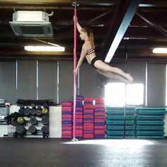Swing into apprentice to straight legs into superman