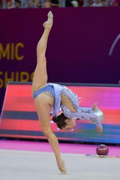 Crotch view gymnast close