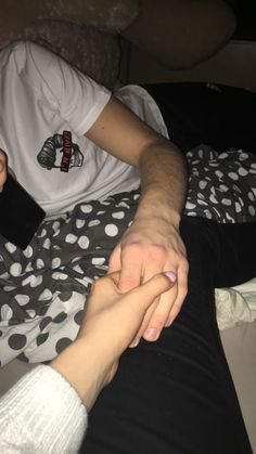 Photo Couple, Love Couple, Couple Goals, Relationship Goals Pictures, Cute Relationships, Mode Poster, Tumblr Couples, Couple Aesthetic, Fake Photo