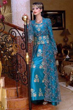 Algerian Fashion: Blue Caftan