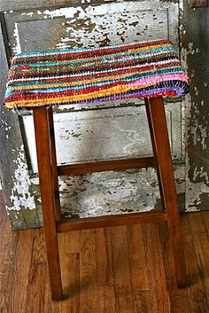 DIY: rag rug bar stools straight out of Free People or Anthropologie.