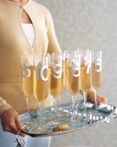 20 last minute New Year's Eve party ideas. All awesome! This one: Countdown Champagne Flutes New Year's Eve Nye Party, Festa Party, Party Time, Gold Party, Elmo Party, Mickey Party, New Year's Eve Countdown, New Year Celebration, Champagne Flutes