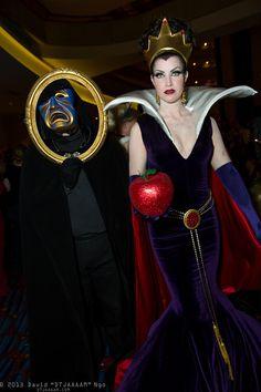 Magic Mirror and Queen Grimhilde | D*Con13 (Sat)