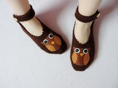 Valentine's Day Woman Slippers Brown Hand Knit by theknittingsea, $24.90