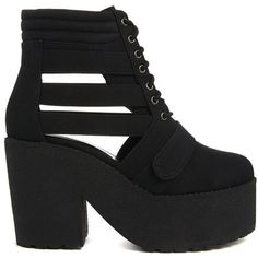 ASOS EARTHQUAKE Ankle Boots (610 ARS) ❤ liked on Polyvore featuring shoes, boots, ankle booties, zapatos, chunky-heel ankle boots, chunky platform booties, strappy booties, cut out ankle booties and platform booties